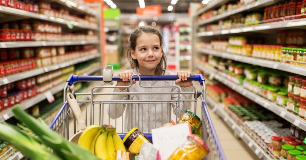 Çocukların basit kararlar almalarına izin verin
