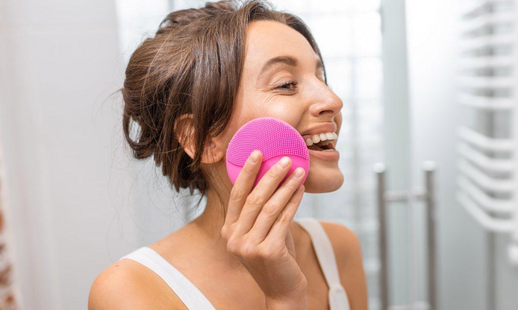 Yüz Temizleme Cihazı Nasıl Kullanılır
