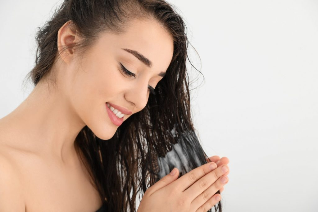 Saç Kremi Kullanmanın Saça Faydası Nedir?